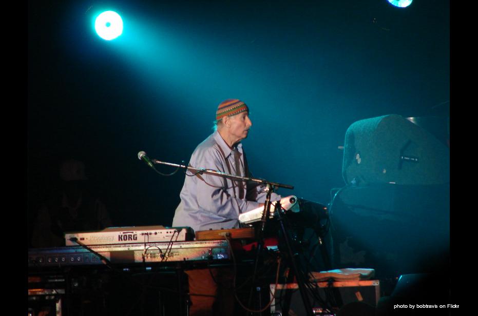 Joe Zawinul of Weather Report plays electric jazz